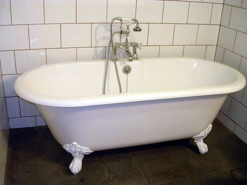 Superior With Our Finishes We Take Your Existing Porcelain Tub, Fiberglass Tub, Or  Acrylic Tub And Resurface It With A Sparkling Factory New Finish That Is  Easy To ...